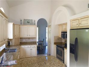 Naples Real Estate - MLS#216069923 Photo 3