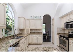 Naples Real Estate - MLS#216069923 Photo 10