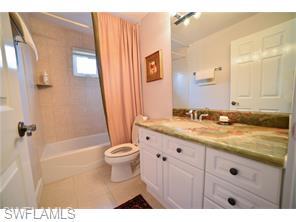 Naples Real Estate - MLS#216039124 Photo 9