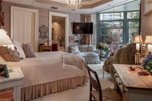 Naples Real Estate - MLS#217015224 Photo 22