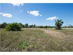 Naples Real Estate - MLS#215014026 Photo 18