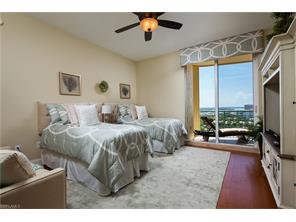Naples Real Estate - MLS#216049126 Photo 11