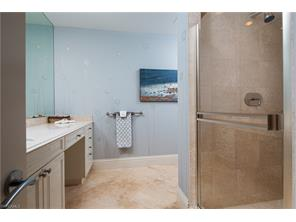 Naples Real Estate - MLS#216049126 Photo 17