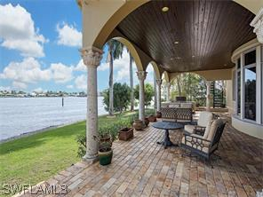Naples Real Estate - MLS#216006427 Photo 15
