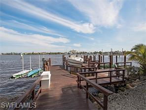 Naples Real Estate - MLS#216006427 Photo 23