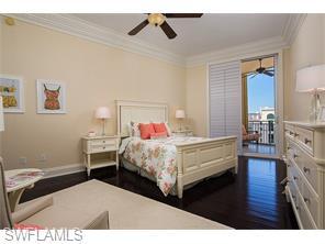 Naples Real Estate - MLS#216022127 Photo 2