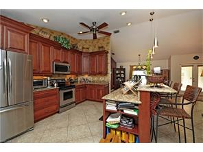 Naples Real Estate - MLS#217031327 Photo 2