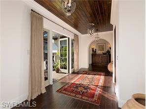 Naples Real Estate - MLS#216039629 Photo 4
