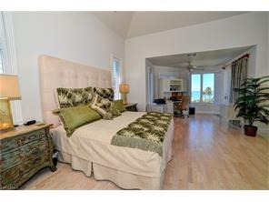 Naples Real Estate - MLS#217021429 Photo 12