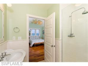 Naples Real Estate - MLS#215048030 Photo 17