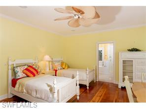 Naples Real Estate - MLS#215048030 Photo 22