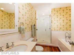 Naples Real Estate - MLS#215048030 Photo 26
