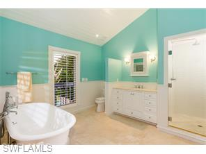 Naples Real Estate - MLS#215048030 Photo 29