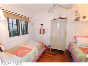 Naples Real Estate - MLS#215057430 Photo 3
