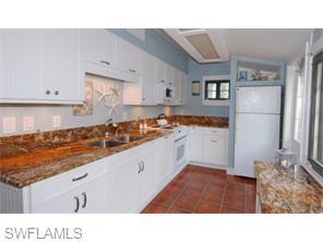 Naples Real Estate - MLS#215057430 Photo 15