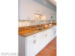 Naples Real Estate - MLS#215057430 Photo 16