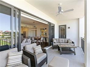 Naples Real Estate - MLS#216072630 Photo 4