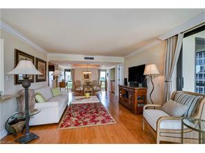 Naples Real Estate - MLS#217012630 Photo 25