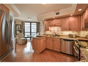 Naples Real Estate - MLS#217012630 Photo 13