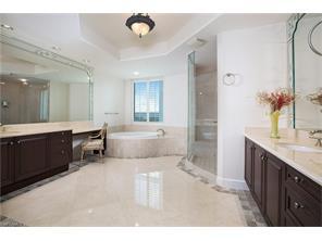 Naples Real Estate - MLS#217027630 Photo 21
