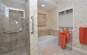 Naples Real Estate - MLS#217056530 Photo 12
