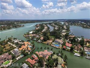 Naples Real Estate - MLS#216028031 Photo 4
