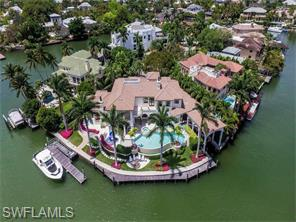 Naples Real Estate - MLS#216028031 Photo 8