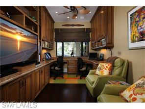 Naples Real Estate - MLS#216010232 Photo 9