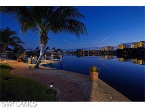 Naples Real Estate - MLS#216010232 Photo 25