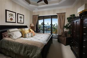 Naples Real Estate - MLS#216010232 Photo 14