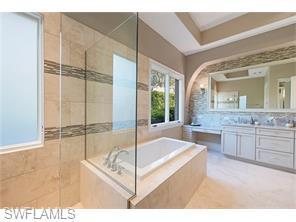 Naples Real Estate - MLS#216037732 Photo 10