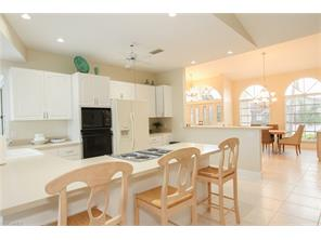 Naples Real Estate - MLS#216052032 Photo 4