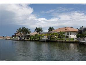 Naples Real Estate - MLS#216052032 Photo 19