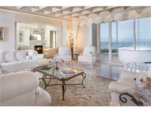 Naples Real Estate - MLS#216065832 Photo 2