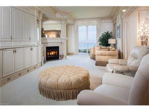 Naples Real Estate - MLS#216065832 Photo 3