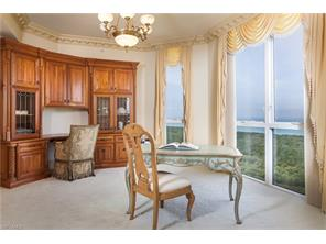 Naples Real Estate - MLS#216065832 Photo 15