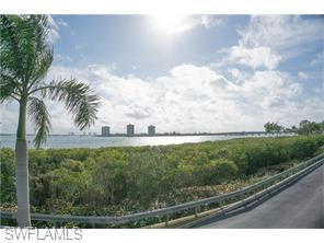 Naples Real Estate - MLS#216012333 Photo 16