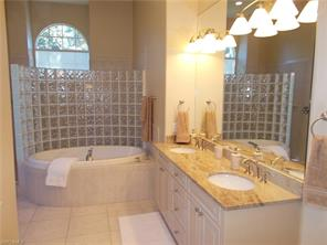 Naples Real Estate - MLS#216048334 Photo 9