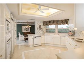 Naples Real Estate - MLS#216067634 Photo 11
