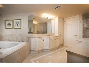 Naples Real Estate - MLS#216067634 Photo 20