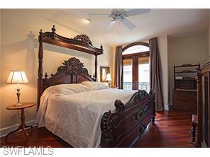 Naples Real Estate - MLS#216035935 Photo 9
