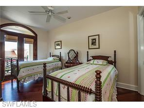 Naples Real Estate - MLS#216035935 Photo 11