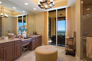 Naples Real Estate - MLS#216077135 Photo 10