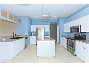 Naples Real Estate - MLS#217025035 Photo 4