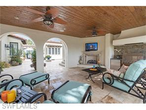 Naples Real Estate - MLS#215016936 Photo 16