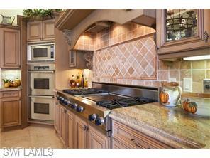 Naples Real Estate - MLS#216000436 Photo 10