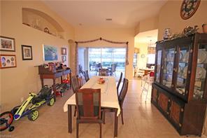 Naples Real Estate - MLS#216063536 Photo 4