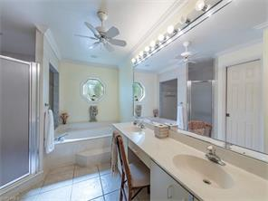 Naples Real Estate - MLS#216075636 Photo 9