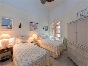 Naples Real Estate - MLS#216075636 Photo 10