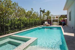 Naples Real Estate - MLS#217010836 Photo 14